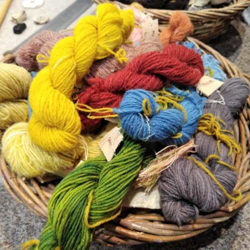 Romans 16 Naturally dyed wool