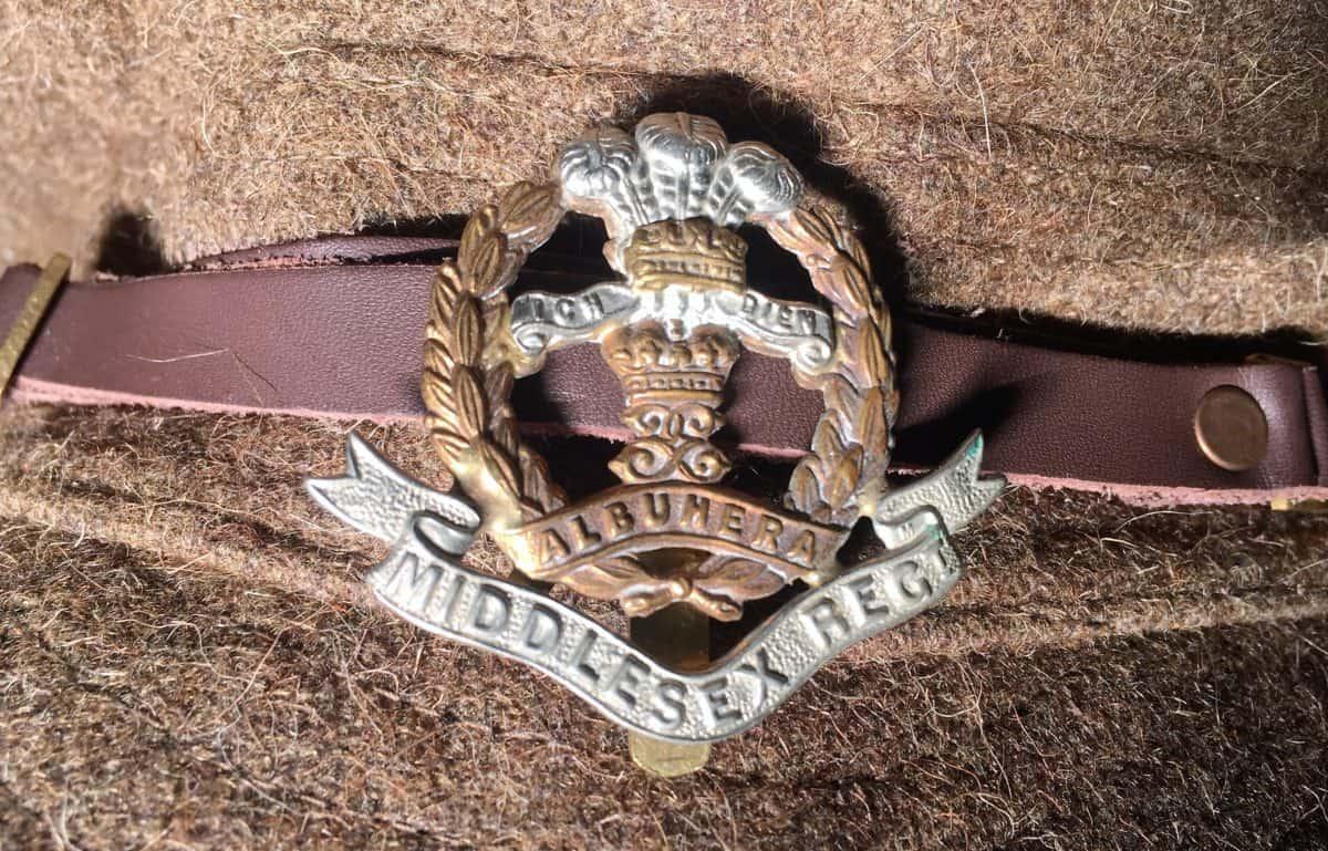 WW1 13 WW1 Middlesex Regiment cap badge