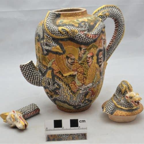 Cabinets of Curiosity 5a F0203.01 Tea pot (spout broken), Japanese Satsuma Ware