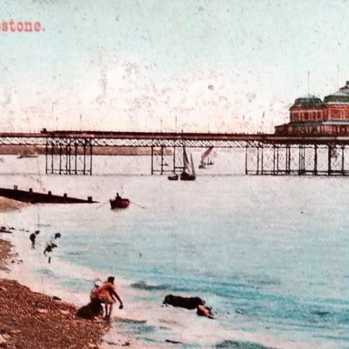 Seaside Holidays Resources Design a Pier