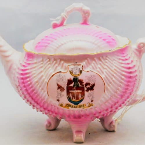 Seaside Holidays Resources F1600 Pink Teapot with Shield of Folkestone