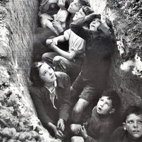 WW2 Resources Children in a slit trench watching the Battle of Britain